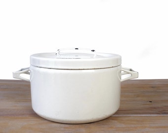 Vintage Seppo Mallat for Finel Arabia stockpot, scandinavian kitchen white enamel dutch oven, white enameled steel pot made in Finland