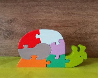 Snail wooden puzzle toy