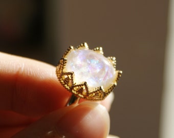 Resin Ring, Silver Gold Plated Crown Oval Seashell White caldesia Rainbow Glow Reflection