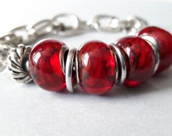 Red Lampwork Glass Bead Bracelet