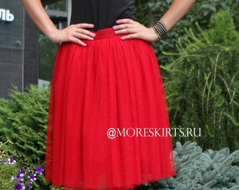 Tulle skirt with matching lining, fixed waistband with hidden zipper (color - 18 Red)