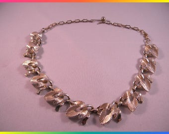 Vintage Gold Tone Choker Necklace, Abstract Leaf Links