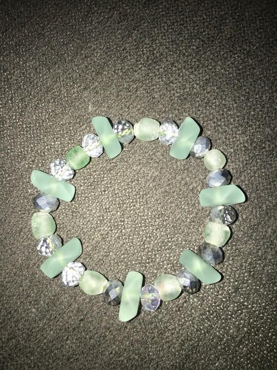 Rare glass beaded bracelet with keyring. Swarovski crystal accents
