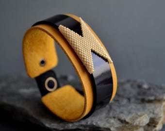Leather bracelets for women Womens leather cuff bracelet Yellow leather bracelet for women Leather cuff bracelet with beads