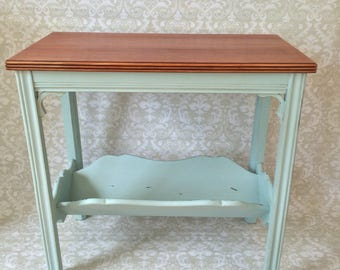 Vintage 1960s Oak Magazine End Table: Beach, Cottage, Rustic