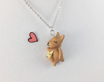 Kangaroo Necklace // Australian Animal Mom Baby Necklace // Gift for Mom and New Mom Necklace