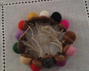 felted wool acorns ornaments