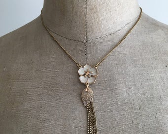 Pilgrim Unused Flower and Leaf Necklace