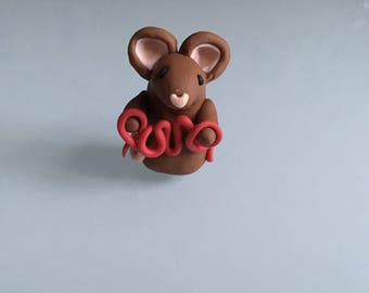 Love! Brown Mouse - lettering mice - gift - heart sign- polymer clay - animal - cute - anniversary - birthday - wedding - valentines