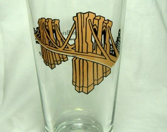 Brooklyn Bridge Pint Glass