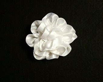 White Flower Hair Clip, Bridal Hairpiece, Wedding Hair, Bridal Flower, White Hair Flower, Wedding, Wedding Hairpiece, Flower