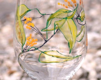 Berry Vine, hand painted wine glasses, one of a kind creations!
