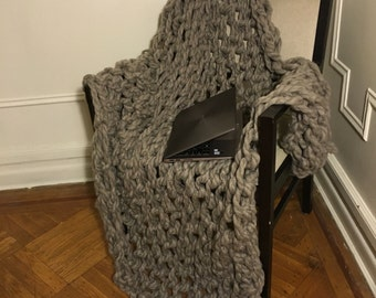 Ready to ship-Chunky and warm arm knit blanket with FREE SHIPPING in the US.