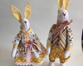 Rabbit couple