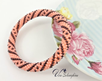 Romantic gifts/for/her, Pink beaded bracelet/for/girlfriend, Statement roll on bracelet, Mom girlfriend jewelry, Seed bead rope bangles