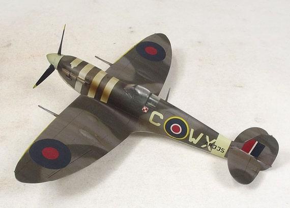 1/48 Built Spitfire