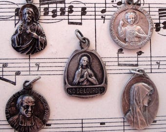 Lot of 5 antique French religious medals from 1920's (Bernadette, Therese...)
