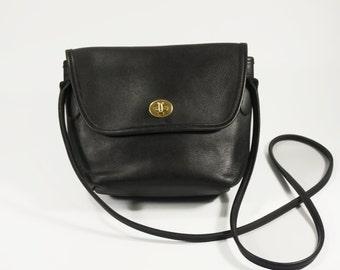 Vintage Coach Quincy Bag // Crossbody Bag with turn lock // Coach Quincy Bag Black 9919 Purse Handbag// 1990s vintage Coach Crossbody bag
