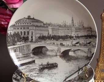 Plates illustrated with old views of Paris. Salad Plates with Paris monuments. Plates Souvenir from Paris. French black transferware