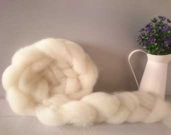 British Wool Roving - Hampshire Down - 50g - hand prepared undyed Natural wool no chemicals local fleece - eco freindly - fair trade wool