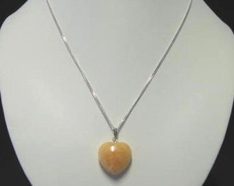 Yellow aventurine heart-shaped pendant