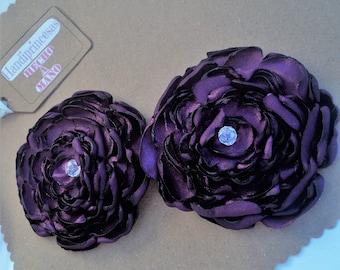 Purple flower pair. Pair of purple flowers. Accessories for hair. Flower hair. Floral. Hair Accesories. Flower girl.