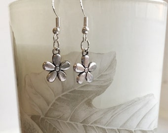 Sterling Silver Earrings. Flower Drop / Dangle Earrings,  Gift for her, Valentines gift, Mother's day gift