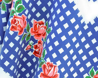 Vintage American Startex Roses Table Cloth