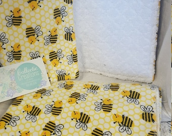 Matching Cotton Flannel Receiving/Swaddle Blanket and Burp Rag set baby gender neutral honey bee/bumble bee