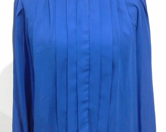 1980s blue blouse with pintuck pleats size 14
