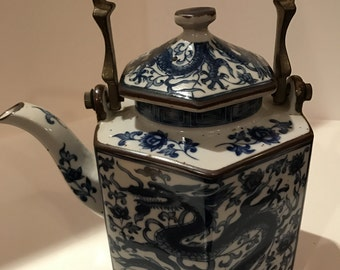 REDUCED TO SELL!!  Vintage Chinese Blue and White Tea Pot with Brass Handle