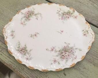 Gorgeous Antique Theodore Haviland Limoges France oval serving platter// Limoges Flowers Pattern// Gold Rim// Scalloped