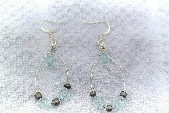Tear Drop chandelier earrings wire wrapped acrylic beads earrings silver wire wrapped jewelry silver wire fish hook earrings