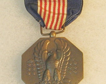 WWII Army Soldiers Medal