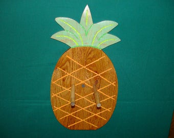 Pinapple Ukulele Holder