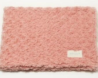 Rose/Pink Faux Fur Dog/Cat Blanket-Faux Fur Pet Blanket-Cat Soft Blanket