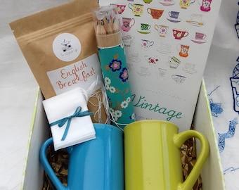 Vintage Colouring Book & English Breakfast Tea Gift Box