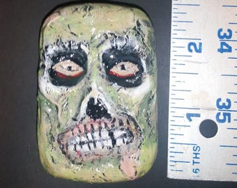 The Abominable Dr. Phibes pillbox