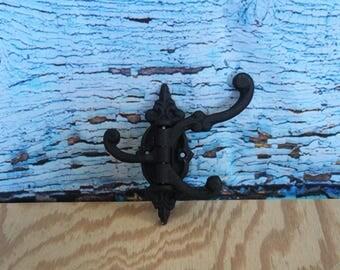 Cast Iron Swivel Hook Black (3 hook)