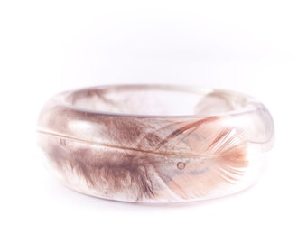 Birdy Love, resin bangle with four amazing feathers, epoxy bracelet filled with feathers, MukWuk, unique gift, handmade, one of a kind