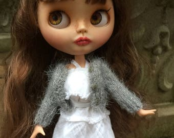 Grey fuzzy sparkly cardigan doll sweater, pale grey blythe sweater, fuzzy 12 inch doll sweater, luxury blythe doll gift, pure neemo sweater