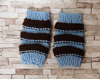 Knitted hand warmers stripes