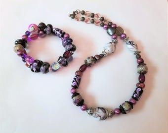 Purple Swirl Bracelet and Necklace Beaded Jewelry Set