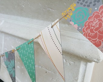 Pastel Triangle Banner