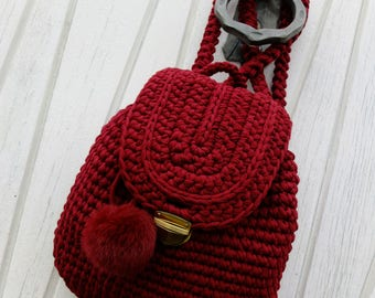 Crochet bag / backpack from textile yarn