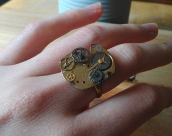 Ring made of a square watch base with cogs