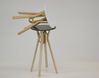 Loop stools/bedside table