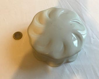 White porcelain jewelry box