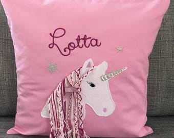 With cuddly Unicorn glitter name pillow