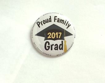 2017 Graduation - Set of 10 buttons -  Proud Family 2017 Grad